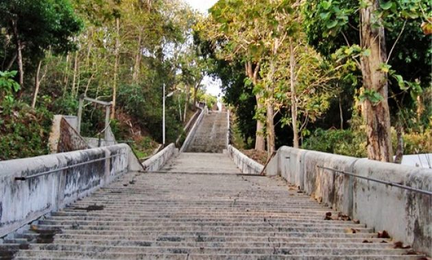 Lokasi Makam Imogiri berada di dusun Pajimatan,desa Girirejo,kecamatan Imogiri,kabupaten Bantul,Yogyakarta. Tepatnya terletak di bukit Merak